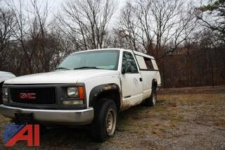 1999 GMC Sierra 2500 Pickup Truck with Cap