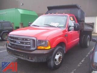 1999 Ford F350 Super Duty Dump Truck