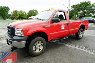 2007 Ford F250 XL Super Duty Pickup Truck with Plow/57 2007 Ford F250 XL Super Duty Pickup Truck with Plow/57