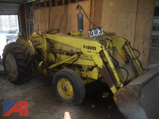 1974 Ford 4400 Tractor