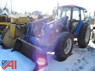 New Holland 6635 Tractor with Bucket
