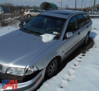 2001 Volvo V40 4DSD