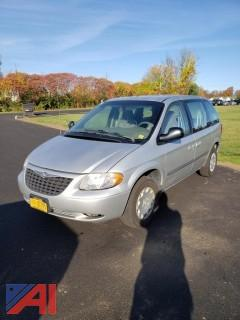 2003 Chrysler Voyager Van