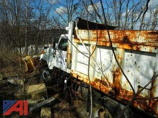 (#19) 2003 International 2574 Dump Truck with Plow