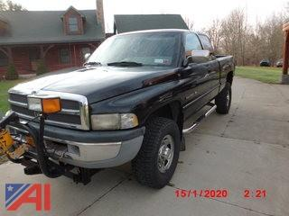 1996 Dodge Ram 2500 Club Cab Truck with Plow