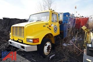 2000 International 4700 Chip Truck/100