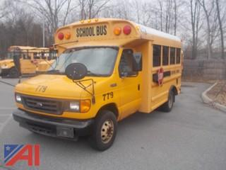 2005 Ford E350 Super Duty Cutaway School Bus