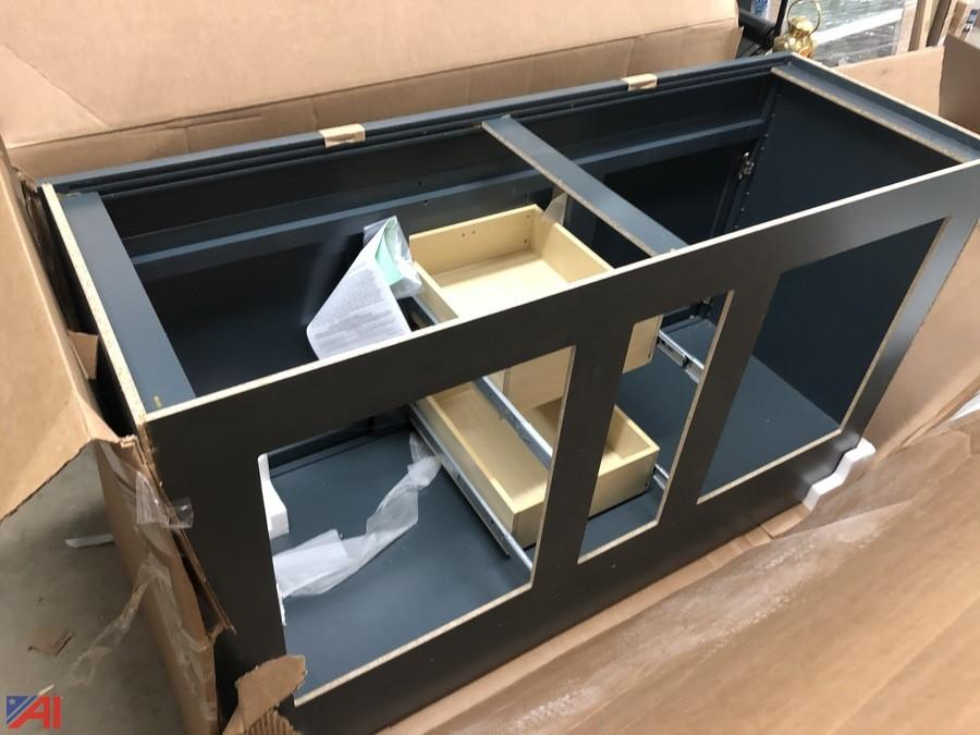 Auctions International Auction Lowes Liquidation Auction 1 Ny 21290 Item Bathroom Vanity