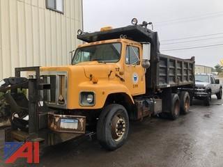 1999 International 2654 Dump Truck