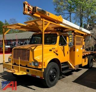 2002 International 4900 Boom Truck