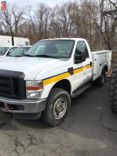 2010 Ford F350 XL Super Duty Utility Truck