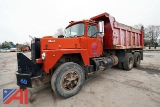 1984 Mack RD686S 10 Wheel Dump Truck/49