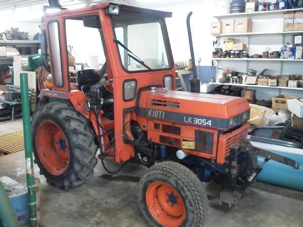 auctions international auction village of south dayton item 1995 rh auctionsinternational com Compact Tractor Loader Kioti LK3054 4WD