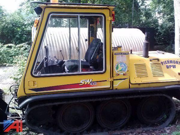 List of Synonyms and Antonyms of the Word: Bombardier Tractor