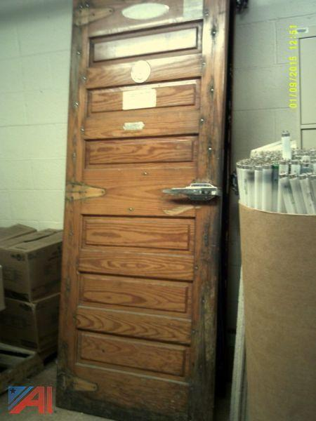 Jamison Cooler Door w/ Frame. \u2039\u203a & Auctions International - Auction: Shenendehowa CSD ITEM: Jamison ...