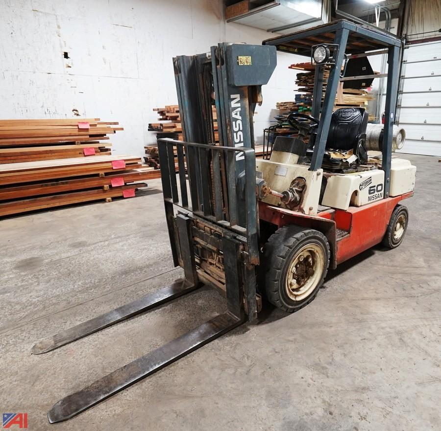 Auctions International - Auction: Day 2 Woodworking