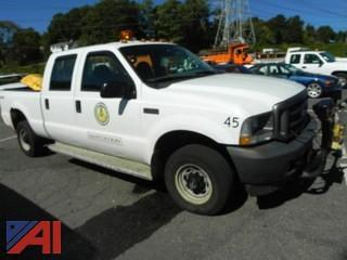 2003 Ford F250 SD Crew & Cab Pickup w/ Plow
