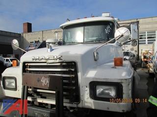2000 Mack RD688SX Tractor Trailer