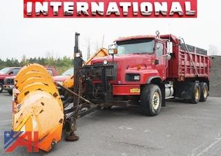 2002 International 5600-I Paystar Dump With Everest Plow & Sander
