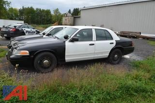 2011 Ford Crown Victoria 4 Door/Police Interceptor