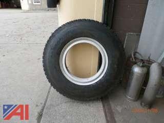 NEW Firestone 11R22.0 Rear Drive Tire & Rim