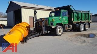 2001 International 6x4 F2674 Dump Truck