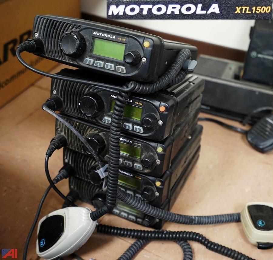 motorola police car radio. group of motorola transceivers \u0026 portable radios police car radio