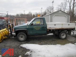 1989 GMC C/K 2500 Pickup w/ Plow