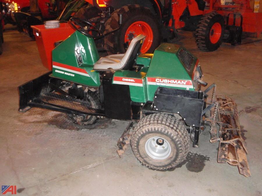 auctions international auction starpoint csd 10329 item 2002 rh auctionsinternational com Cushman Super Rake Tractor Ride