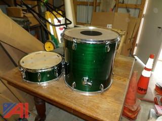 (2) MAPEX  Drums