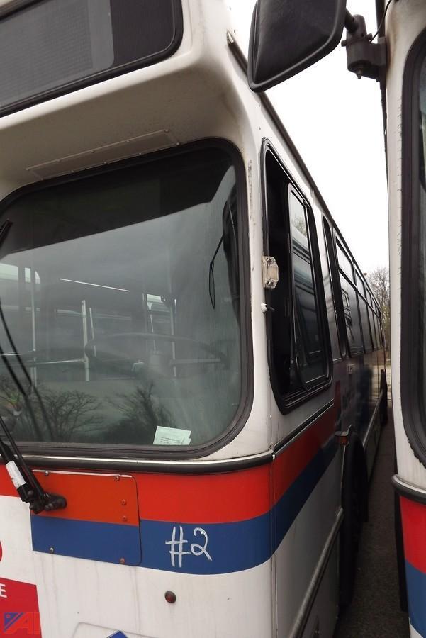 Auctions International - Auction: Nassau MTA #10640 ITEM: 2002 Orion Bus