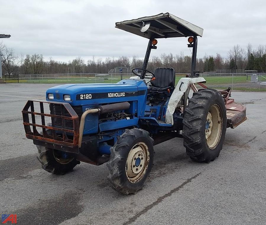 Auctions International Auction Town Of Verona Highway 10730 Item 1998 Ford New Holland 2120 Tractor