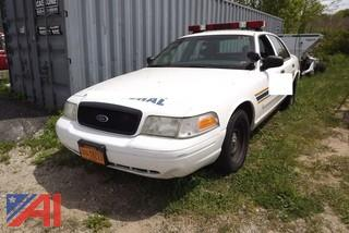2002 Ford Crown Victoria 4DSD/Police Interceptor