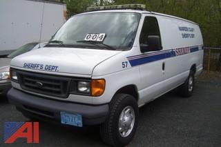 2006 Ford E350 Prisoner Van
