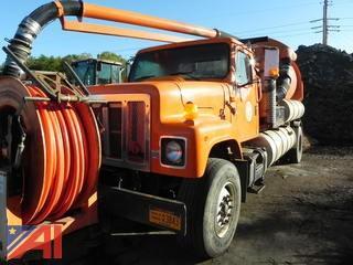 2000 International 2554  (Vactor 2100) Vac Truck