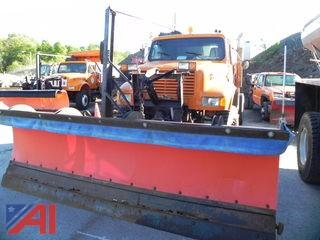 1991 International 4800 Cab and Chassis w/ Plow & Wing