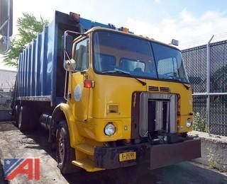 2000 Volvo Refuse Truck Leach Rear Loader/S-138
