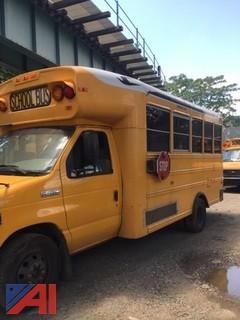 **RESERVES LOWERED** 2006 Ford 4DC Bus