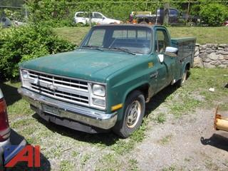 1987 Chevrolet Pickup with Utility Body