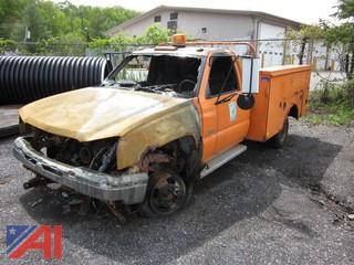 2003 Chevrolet Silverado 3500 Pickup with Utility Body