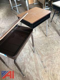 (7) Student Desks