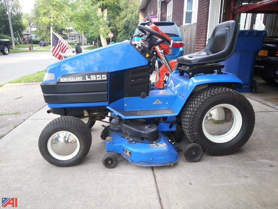 auctions international - auction: business liquidation #11666 item: new  holland ls55-20h riding mower