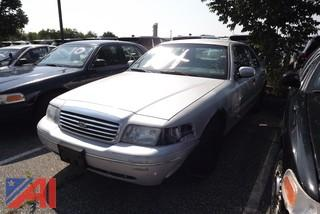 1999 Ford Crown Victoria Sedan