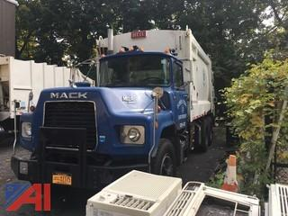 1993 Mack DM688S Packer Truck