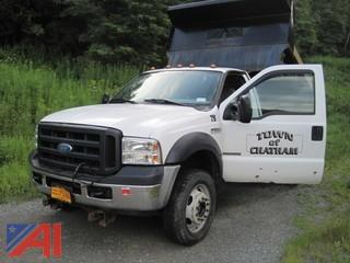 2007 Ford F550 Pickup with Dump