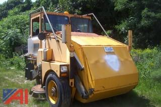 2001 Elgin Pelican Sweeper