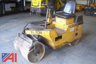 Stone Delux EZ Roller SR2500 1.25 ton Roller