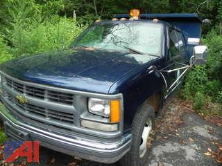 2000 Chevrolet Pickup with Dump
