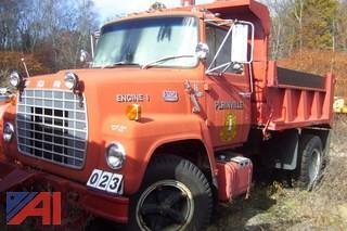 1972 Ford LN750 Dump