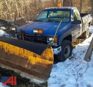 1993 Chevy GK3 Pickup with Plow